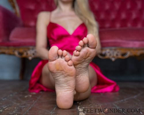 Beautiful Female Soles-14
