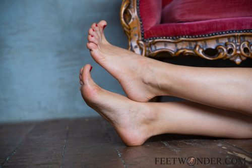 Beautiful Female Soles-37