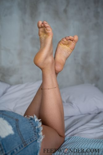 Sexy Female Soles And Toes-17