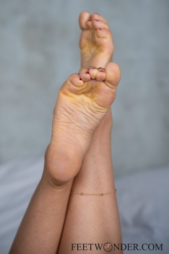 Sexy Female Soles And Toes-22