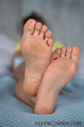 Sexy Female Soles And Toes-40