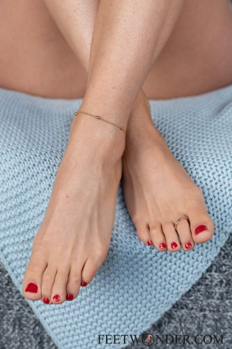 Sexy Female Soles And Toes-47