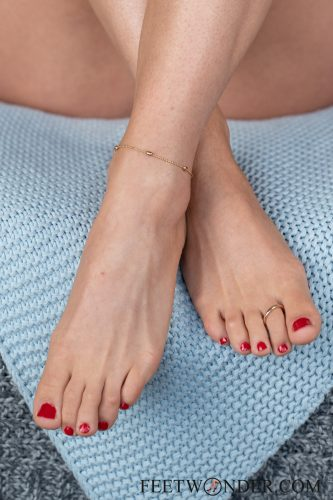 Sexy Female Soles And Toes-52